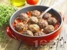 Рецепта Телешки кюфтета с доматен сос на тиган